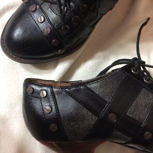 Hot Topic Shoes - Stream Punk Metropolis Stud Screw Brassy Heels